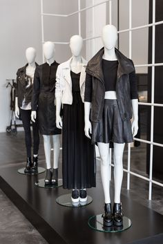 TIGHA | Düsseldorf | Hans Boodt Mannequins | Repetition Casual Abstract