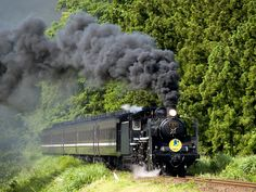 http://www.toushin-1.jp/articles/-/3804 steam engine Yamaguchi-go #Tsuwano, Japan