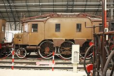 Really old train