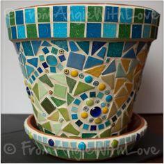 Pencil Portrait Artist Mosaic Art and Home Furnishings by Angie Mosaic Planters, Mosaic Garden Art, Mosaic Vase, Mosaic Tile Art, Mosaic Flower Pots, Mosaic Diy, Mosaic Crafts, Mosaic Projects, Pebble Mosaic