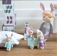 Muñecas de trapo con orejas de conejito miniroom-centraldejuguetes