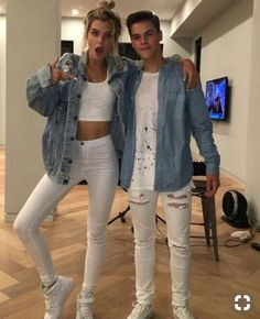 Get in touch with Aj Mitchell ( — 23 answers, 1566 likes. Ask anything you want to learn about Aj Mitchell by getting answers on ASKfm. Alissa Violet Style, Alissa Violet Outfit, Fashion Couple, Look Fashion, Fashion Outfits, Matching Couple Outfits, Matching Couples, Couples Assortis, Romantic Couple Poses