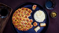 Starters, Finger Foods, Waffles, Dip, Food And Drink, Pizza, Cooking Recipes, Baking, Dinner