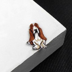 patch Mini Basset Hound embroidery patches Animal patches embroidered patch iron on patches iron on patch sew on patch1.72.7cm(A80)