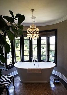 A Piedmont skirted tub purchased at Living Square in Los Angeles   I need this for my new bathroom