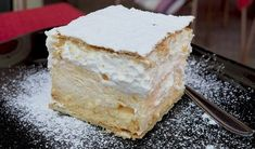 New Easy Cake : Cream of puff pastry. Simple and delicious recipe, Zucchini Parmesan Crisps, Kolaci I Torte, Tasty, Yummy Food, Victoria Sponge, Piece Of Cakes, Cream Cake, Yummy Cakes, Vanilla Cake