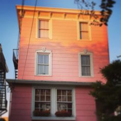 It's called the Pink House for a reason sunrise at Cape May. @aetechnology #aetechrally