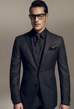 Camisa preta com terno preto All Black Suit Prom, All Black Tuxedo, Black Suit Men, Wearing All Black, All Black Outfit, Mens Suits 2018, Terno Slim Fit, Herren Outfit, Mens Fashion Suits