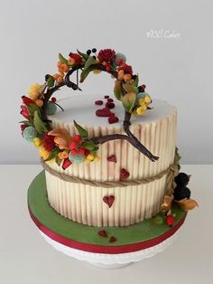 Autumn by MOLI Cakes