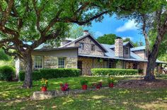 Kuebler Waldrip Haus Bed and Breakfast, located in New Braunfels, TX