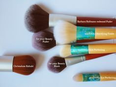 meine liebsten Pinsel für einen schönen Teint. <3  #favourite #MakeUp #brushes #ecoTOOLs #makeupbrushes #review #BarbaraHofmann #foryourBeauty #rossmann #Naturkosmetik #vegan #Pinsel #Kosmetik #iHerb #veganbeauty #iherb #beautyproducts #crueltyfree #beauty #cosmetics #bblogger