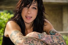 """Kate"" by © Diane Tisseur, Groovy Lens, www.groovylens.com -- Portrait - Tattoos - Ink - Photography - Pose"