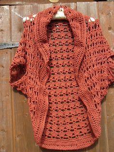 Eleanor Shrug free pattern •✿• Hilary Wayne https://www.pinterest.com/hilarywayne0818/ •✿•✿