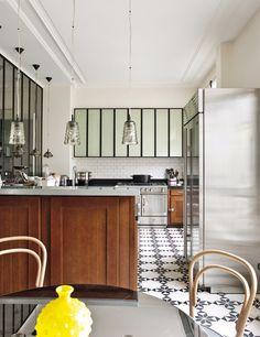 Patterned tiles on kitchen floors