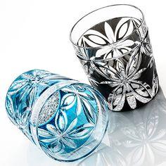 【山田硝子】江戸切子ロックグラス「Butterfly」 Edo Kiriko, Cut Glass, Glass Art, Black Glass, Japanese Art, Pottery Art, Sculpture Art, Perfume Bottles, Fine Art