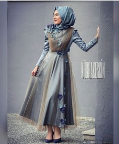 Stylish Evening Dresses for Special Occasions - Cocktail Dress Muslim Fashion, Modest Fashion, Hijab Fashion, Fashion Dresses, High Street Fashion, Most Beautiful Dresses, Beautiful Hijab, Hijab Abaya, Hijab Dress Party