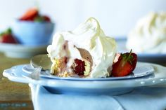 Ideal for Christmas, this is a sophisticated mini version of the classic British pudding.