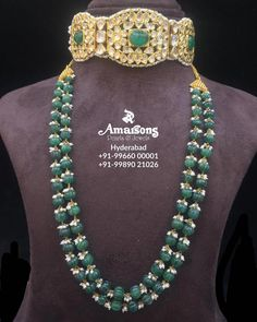 Stunning Polki Choker with Emerald Mala from Amarsons Pearls and JewelsWhatsapp on : Pearl Necklace Designs, Diamond Choker Necklace, Gold Earrings Designs, Gold Jewellery Design, Bead Jewellery, Beaded Necklace, Emerald Necklace, Designer Jewelry, Beaded Jewelry