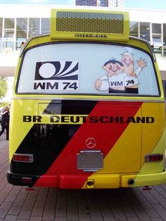 """1974 Mercedes-Benz O 302 1974 World Cup West German Team Bus Minichamps 439035180<?xml:namespace prefix = o ns = """"urn:schemas-microsoft-com:office:office"""" /> 1974 Mercedes-Benz O 302 '1974 World Cup West German Team Bus' 1/43rd scale  축구건 월드 컵이건, 별 관심이 없는 저에게도, 독일 월드 컵이 열린 2006년에, Minichamps에서 제가 제일 좋아하 는 버스인 Mercedes-Benz O 302를 1974년 독일 월드 컵 서.."""
