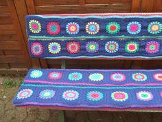 Beautiful granny quare #crochet bench cover
