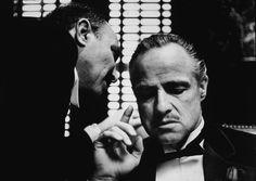 """El Padrino (The Godfather) – I  Director: Francis Ford Coppola. 1972. EE.UU. Color. Intérpretes: Marlon Brando (Don Vito Corleone), Al Pacino (Michael Corleone), James Caan (Santino """"Sony"""" Corleone), Robert Duvall (Tom Hagen), Diane Keaton (Kay Adams)...entre otros."""