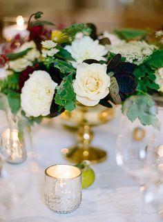 Pippin Hill Wedding, Monique Lhuillier Dress, Blue Jenny Yoo Bridesmaids, Elisa Bricker, www.snippetandink.com