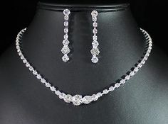 BEAUTIFUL CLEAR AUSTRIAN RHINESTONE CRYSTAL NECKLACE EARRINGS SET BRIDAL N1392