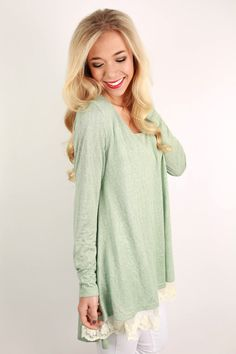 This lovely little top is so feminine and pretty!