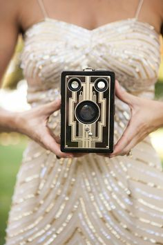 Vintage Gold and Black Old Hollywood Glam Wedding | Allyson Wiley