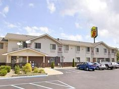 Weston (WV) Super 8 Weston United States, North America Super 8 Weston is conveniently located in the popular Weston area. Offering a variety of facilities and services, the hotel provides all you need for a good night's sleep. Free Wi-Fi in all rooms, 24-hour front desk, facilities for disabled guests, family room, laundry service are on the list of things guests can enjoy. Designed for comfort, selected guestrooms offer air conditioning, heating, wake-up service, desk, alarm...