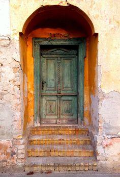 Old doors by Aleksandar Šukunda on 500px