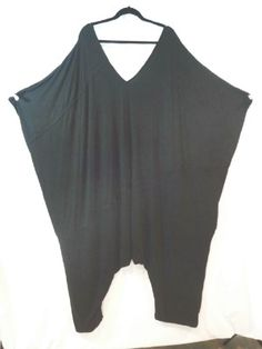 The new Skullz Vionnette Jumpsuit. Love this, its the easiest way of dressing!
