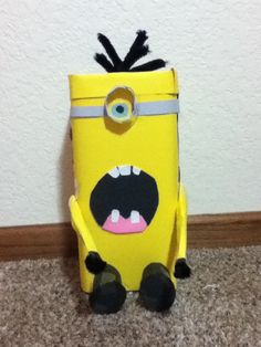 Minion valintines day box!! Lol! So cute