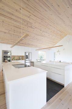 MAISON UNIFAMILIALE SAINT-SAUVEUR — DKA Architectes Garage Apartment Plans, Garage Apartments, Saint Sauveur, Forest House, Pop Up Stores, House Plans, Kitchen Island, New Homes, Farmhouse