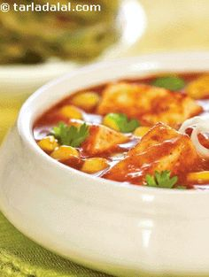 Paneer corn korma, this protein rich dish is packed with the goodness of curds and paneer, and tastes great with piping hot parathas. Protein-rich foods like coconut, poppy seeds and cashewnuts are dry roasted and blended well to make a masala that imparts a rich flavour to this delicacy. Our body cells, which are made of proteins, undergo continuous wear and tear; hence, a good supply of proteins is necessary to make up for this.