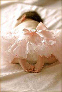 Bébé Romantique: Tulle skirt with pink bow