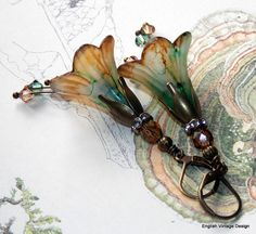 Lucite Flower Earrings'Walk in the Woods' by EnglishVintageDesign