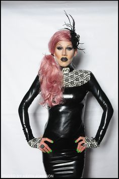 Sharon Needles! Oh My Gammit! I loves her, she is one of my IDOLS.
