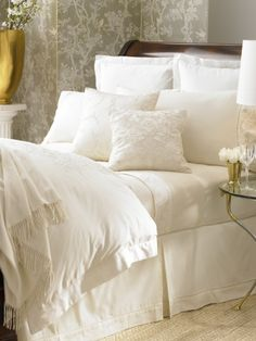 ~Whitehall  in Cream Lauren bedding