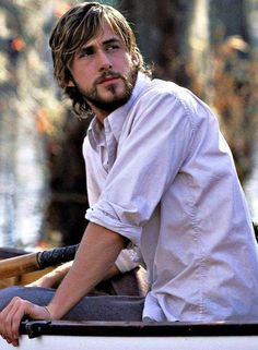 Ryan Gosling The Notebook so handsome love the long hair & beard to hot for words ❤️ Gena Rowlands, Teenage Love Quotes, Love Quotes For Her, Sam Shepard, Ryan Gosling Haircut, Ryan Gosling Beard, Rachel Mcadams, Ryan Gosling The Notebook, Ryan Thomas