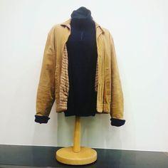 New arrivals in our new store! Kommt vorbei!  #vintageclothing #humanaleipzig #humanasecondhandgermany #OOTD #leipzig #leipzigcity #vintage #autumn #wool #coolwool #leather #instagood