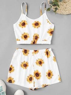 Shop Sunflower Print Cami Top With Shorts online. ROMWE offers Sunflower Print Cami Top With Shorts & more to fit your fashionable needs. Really Cute Outfits, Cute Lazy Outfits, Crop Top Outfits, Kids Outfits Girls, Girls Fashion Clothes, Summer Fashion Outfits, Cute Fashion, Pretty Outfits, Stylish Outfits