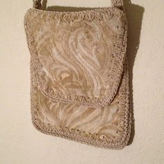 Vintage Mister Simon Ernest Italian Handbag This is a lovely 60's ivory handbag made in Italy for Mister Simon. The detail and material are gorgeous. Again, one of a kind. Near pristine. Mister Simon Bags
