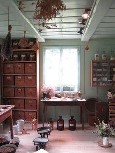pharmacy, herbalist's house