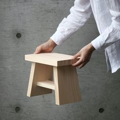 Hinoki Bath Stool by Azmaya. A traditional Japanese bath stool with a contemporary design, hand crafted from a sustainable hinoki cypress. Table En Bois Diy, Diy Table, Wood Table, Diy Pallet Projects, Wood Projects, Hinoki Wood, Bath Stool, Perriand, Wood Pallet Furniture