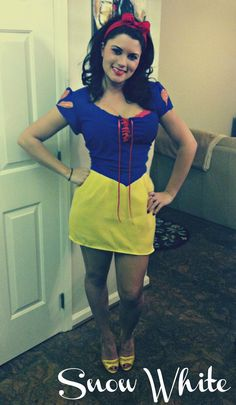 Pin for Later: 23 Ways to Channel Snow White This Halloween Sexy Snow White This Snow White costume shows off your curves.