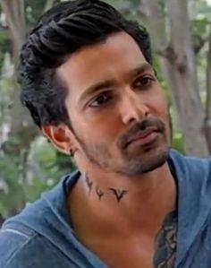 Bollywood Couples, Bollywood Stars, Bollywood Celebrities, Bollywood Actress, Hero Tattoo, Devil Tattoo, Sanam Teri Kasam, Dear Crush, Best Couple