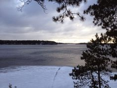Lakes Area Latest: Watching the Ice Progress  http://www.lakesarealatest.com/2014/11/watching-ice-progress.html