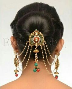 Gorgeous Indian or Bohemian Hair Jewelry Indian Hairstyles, Bohemian Hairstyles, Wedding Hairstyles, Hair Accessories For Women, Bridal Accessories, Accessories Online, Pakistani Hair Accessories, Hair Jewels, Hair Jewellery