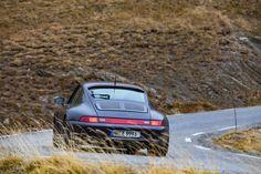 Porsche 993 Carrera S Vesuvio - Love at first sight - elferspot.com Bbs Wheels, Cities In Germany, Porsche 993, Vintage Porsche, Porsche Classic, Mirror Painting, Most Beautiful Cities, Love At First Sight, Carrera